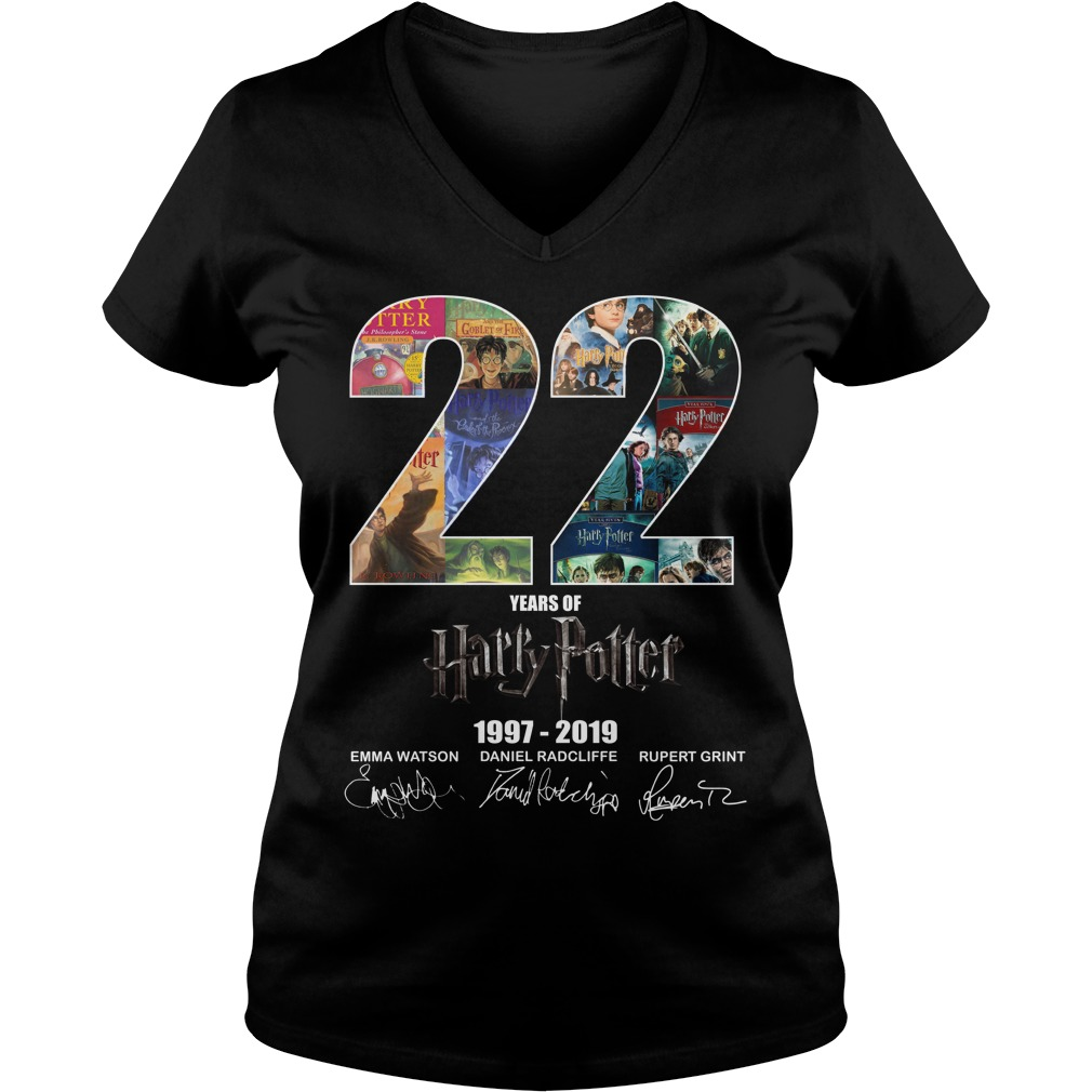 22 Years Of Harry Potter 1997 2019 Signature V-neck T-shirt