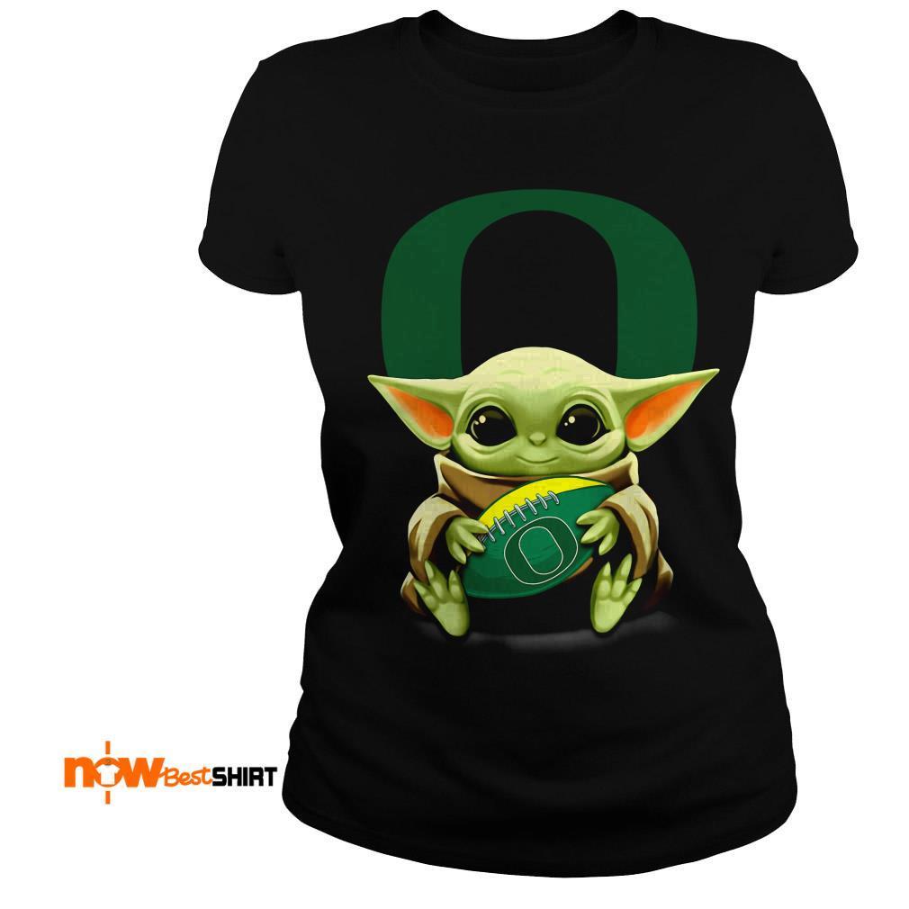 Official Star Wars Baby Yoda Hug Oregon Ducks Football Ladies Tee