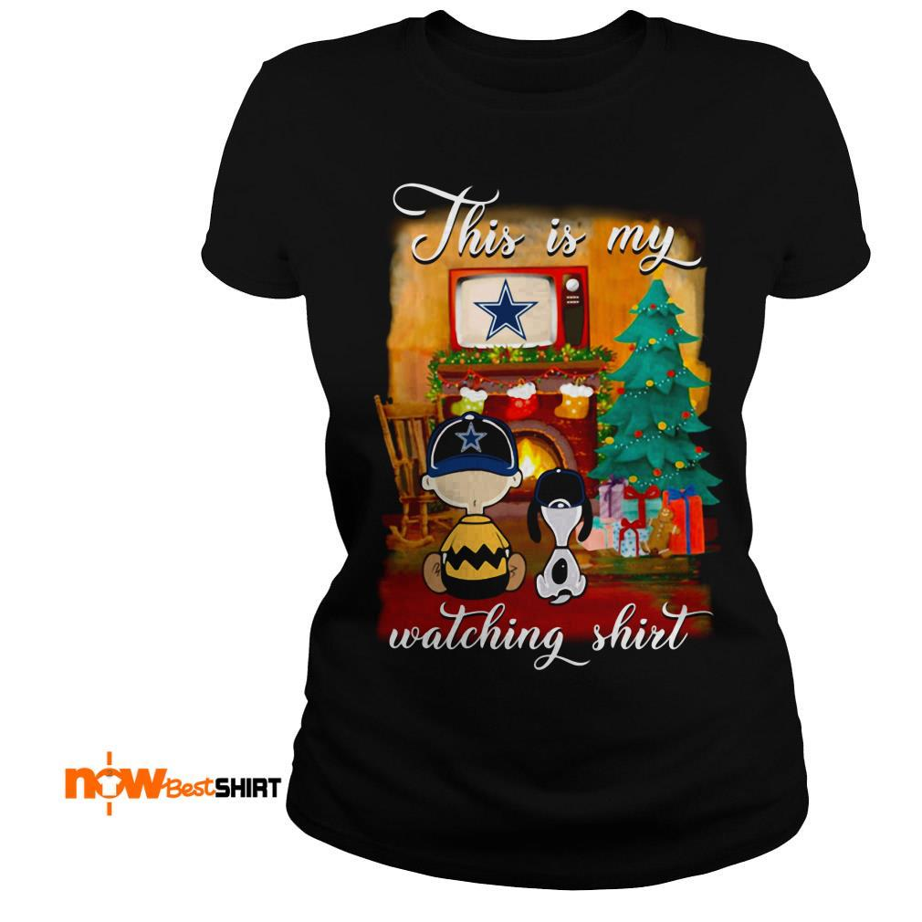 The Peanuts Snoopy And Charlie Brown Watching Dallas Cowboys Christmas Ladies Tee