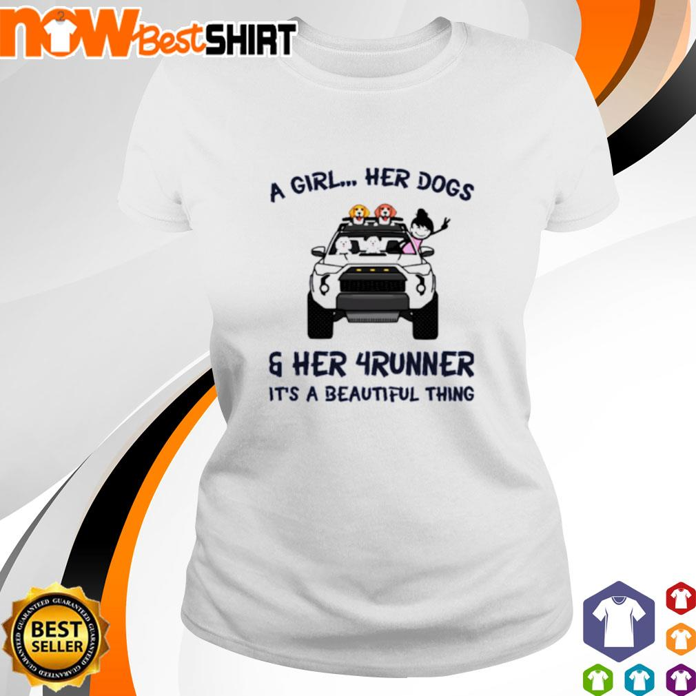 Corgi a girl her dogs her Jeep It's a beautiful thing s ladies-tee