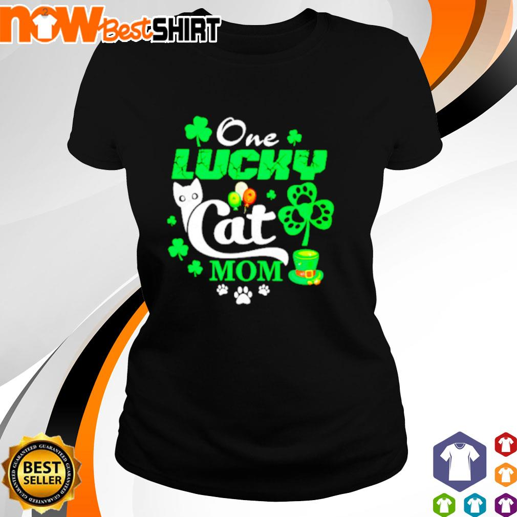 One lucky Cat mom St. Patrick's Day s ladies-tee