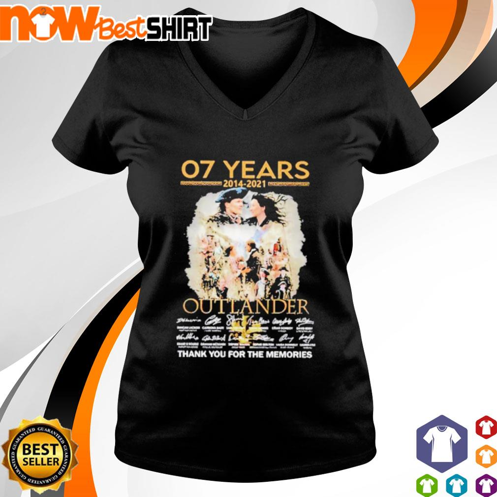 07 Years 2014 - 2021 Outlander thank you for the memories signatures v-neck-t-shirt
